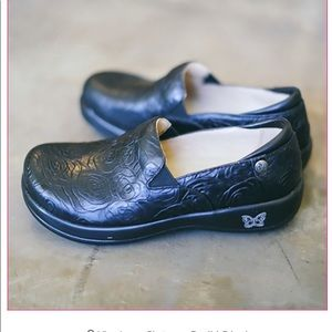 Alegria Keli Work Nurse Clog Shoe Rosette  38